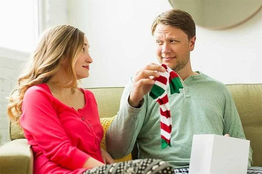 Новый год и рождество: 30 подарков, которые нельзя дарить своим близким :: инфониак