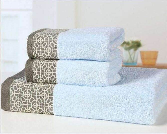 Полотенце на липучке для бани