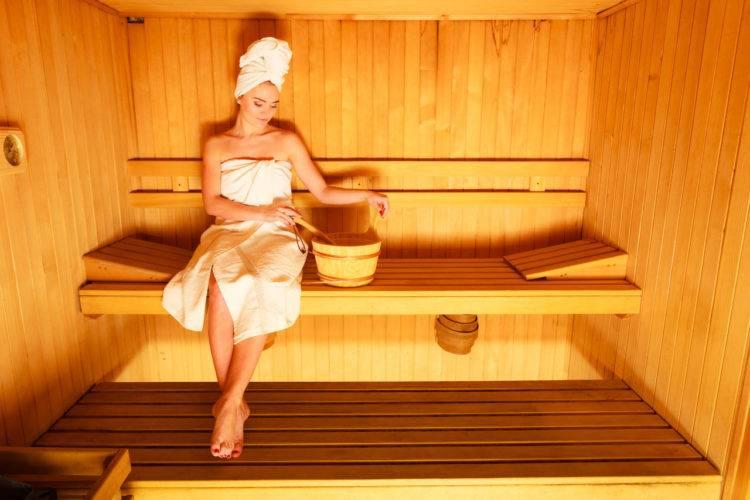 Пар и «инъекции красоты» — почему после косметических процедур нельзя ходить в сауну?