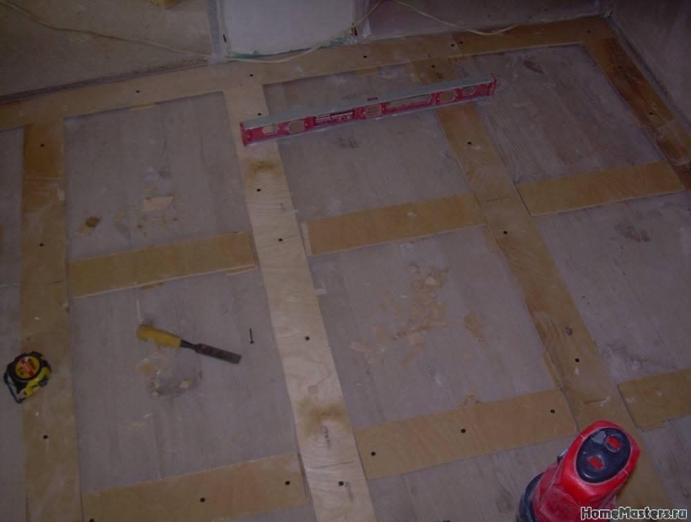 Как выровнять деревянный пол своими руками: 2 способа + инструкции
