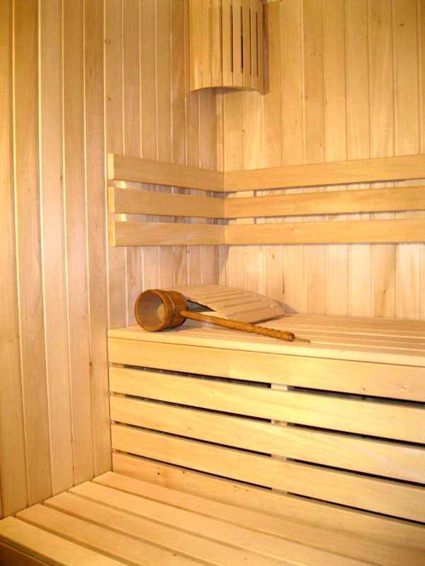 Вагонка из липы (27 фото): сорт липовой продукции, варианты класса «экстра», какого размера должна быть, как отличить от осины