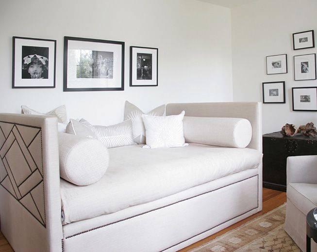 Современный дизайн маленькой спальни, 45 фото