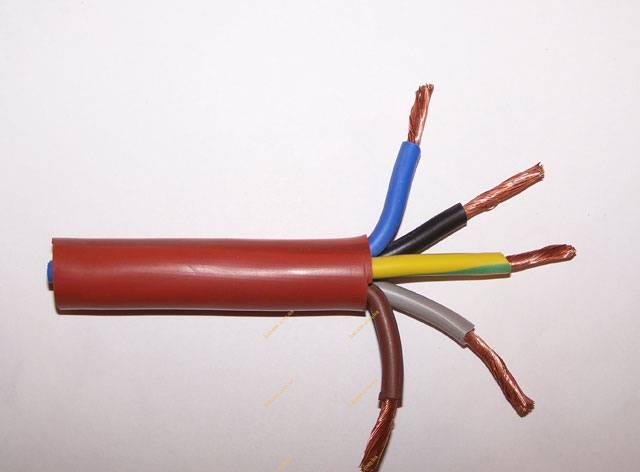 22 рекомендации по обустройству электропроводки в сауне [+обзор основных материалов]