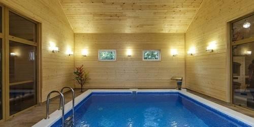 Оригинальные проекты бани с бассейном
