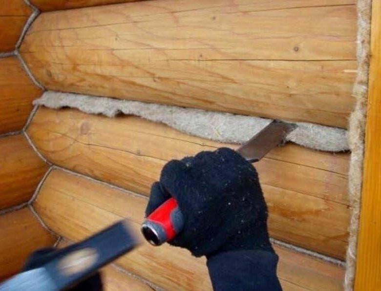 Как конопатить сруб дома или бани (видео)