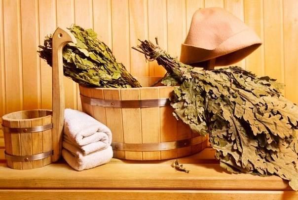 Как правильно запаривать веник для бани?