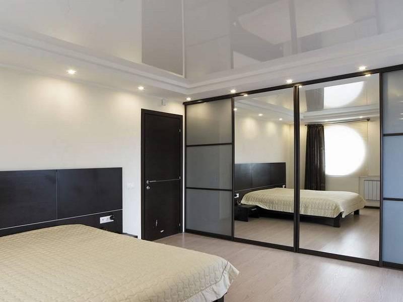 Выбираем шкаф в гостиную во всю стену (50 фото)