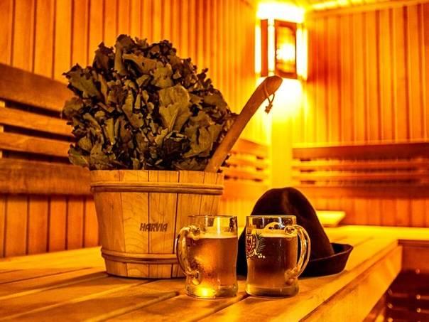 Почему не стоит пить алкоголь в бане? 5 причин отказаться