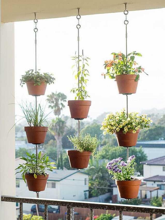 Кашпо для цветов своими руками (52 фото): как сделать его в домашних условиях? напольные высокие кашпо для комнатных цветов из гипса, шпагата и ниток