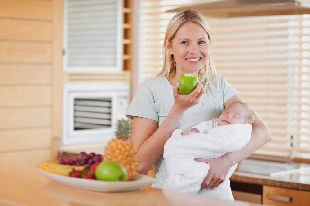 Баня при грудном вскармливании: можно ли париться кормящей маме