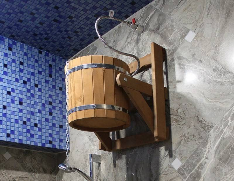 Ведро для обливания в бане: изготовление своими руками