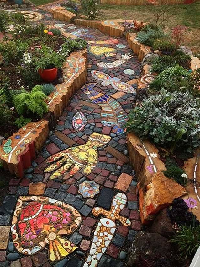 Дизайн двора (120+ фото) - тротуарная плитка для дорожек на даче