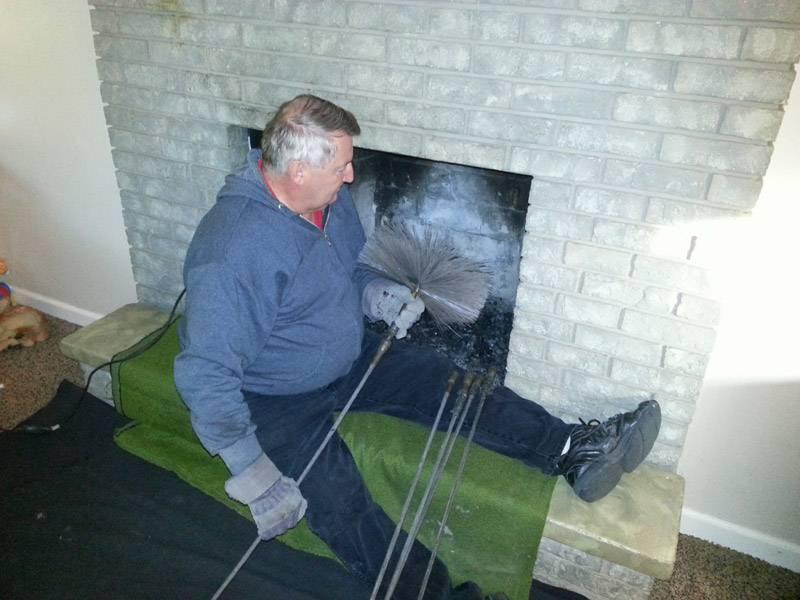 Как почистить дымоход от сажи - инструкция, фото и видео!