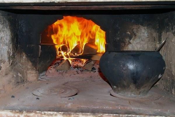 Три в одном: плита, отопитель и постель. выкладываем русскую печь