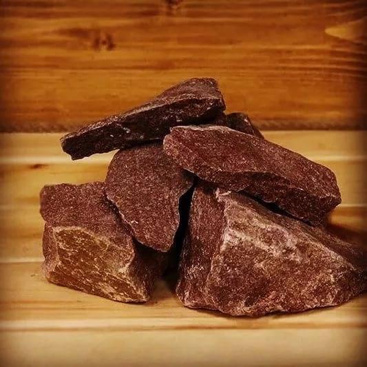 Кварцит для бани (малиновый, белый, розовый): свойства камня