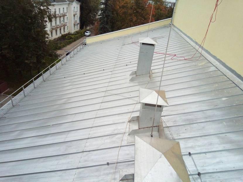 Делаем молниезащиту в частном доме своими руками? обзор и советы +фото - все размеры и здания с металлической крышей +видео