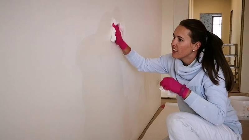 Идеально чистые стены без разводов: как отмыть окрашенные поверхности? проверенные советы
