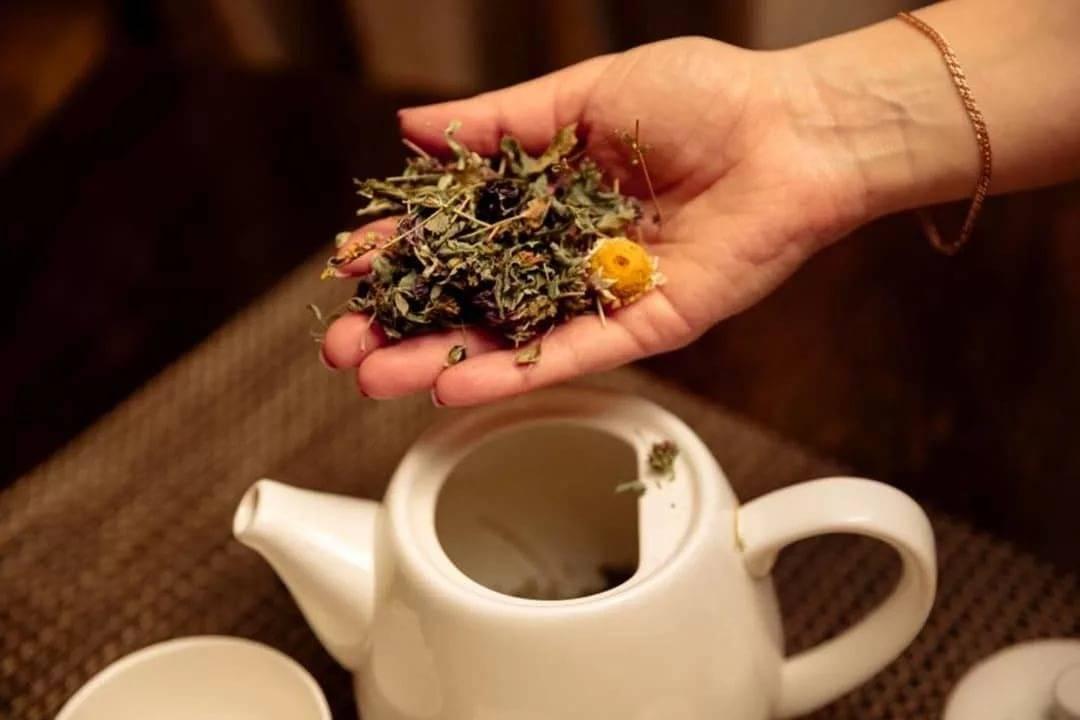 Что пить после бани: чай, квас или что покрепче...