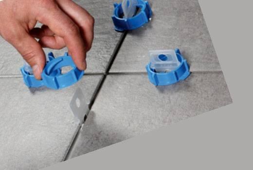 Крестики для плитки – советы по выбору и правила использования. пошаговая инструкция как выравнять плитку