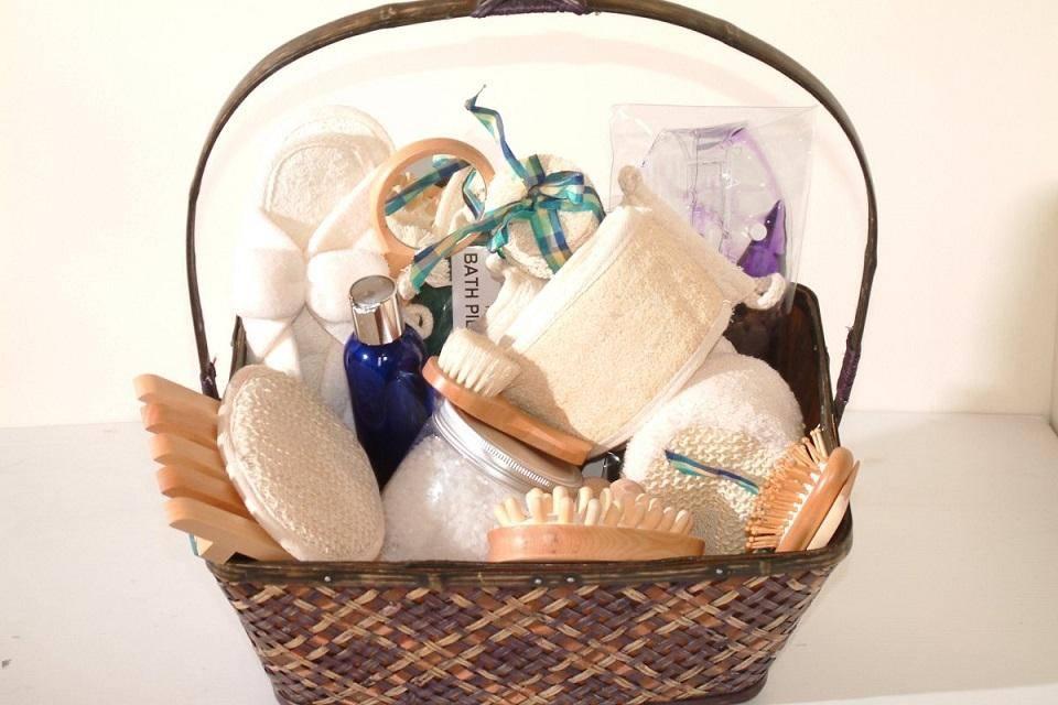 Как украсить коробку для подарка своими руками - 45 идей и уроков пошагово!