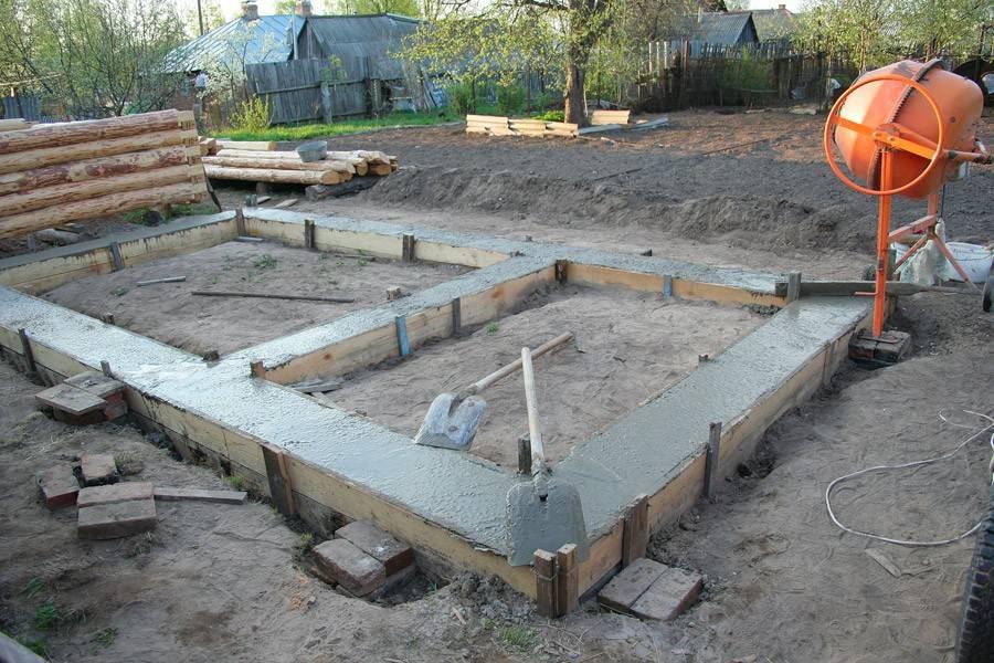 Строительство бани из бруса своими руками на дачном участке