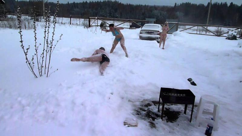 Баня зимой, закаливание и польза для здоровья