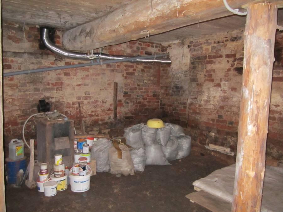 Особенности размещения бани в подвальном или цокольном помещении