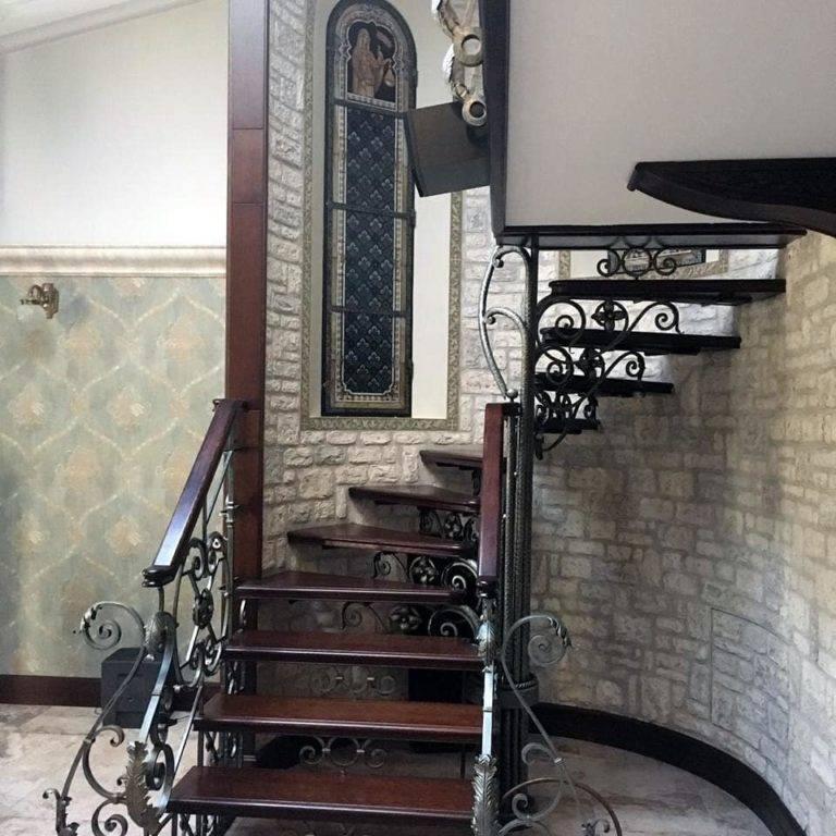 Как сделать спиральную лестницу на второй этаж
