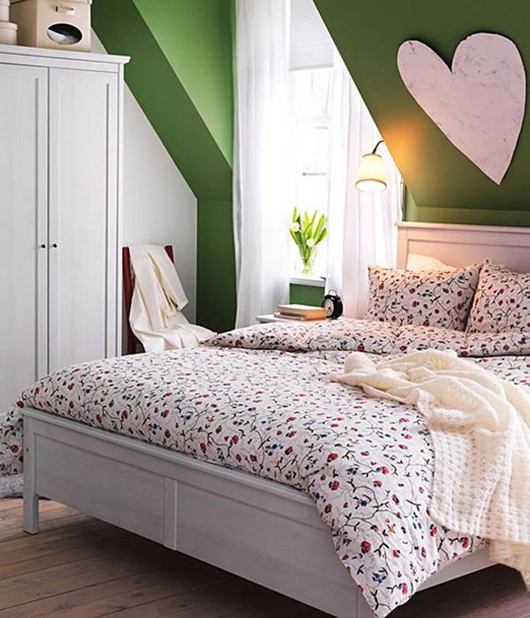 Кровать для маленькой спальни: лучшие решения