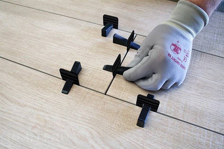 Крестики для плитки: варианты 3d толщиной 1 и 10 мм, какого размера выбрать для укладки, расход на 1 кв. м