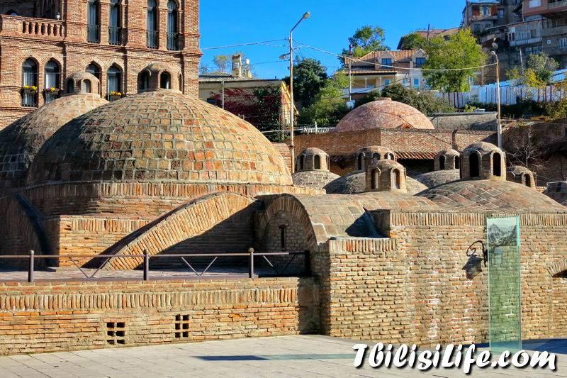 """Серные бани в тбилиси ? отзывы туристов, комплекс """"абанотубани"""", тбилисские термальные источники, польза и противопоказания, режим работы, фото и цены"""