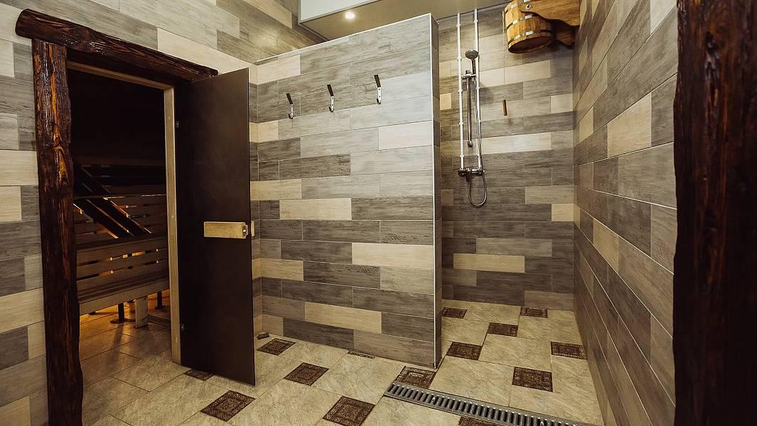 Способы отделки комнаты отдыха в бане
