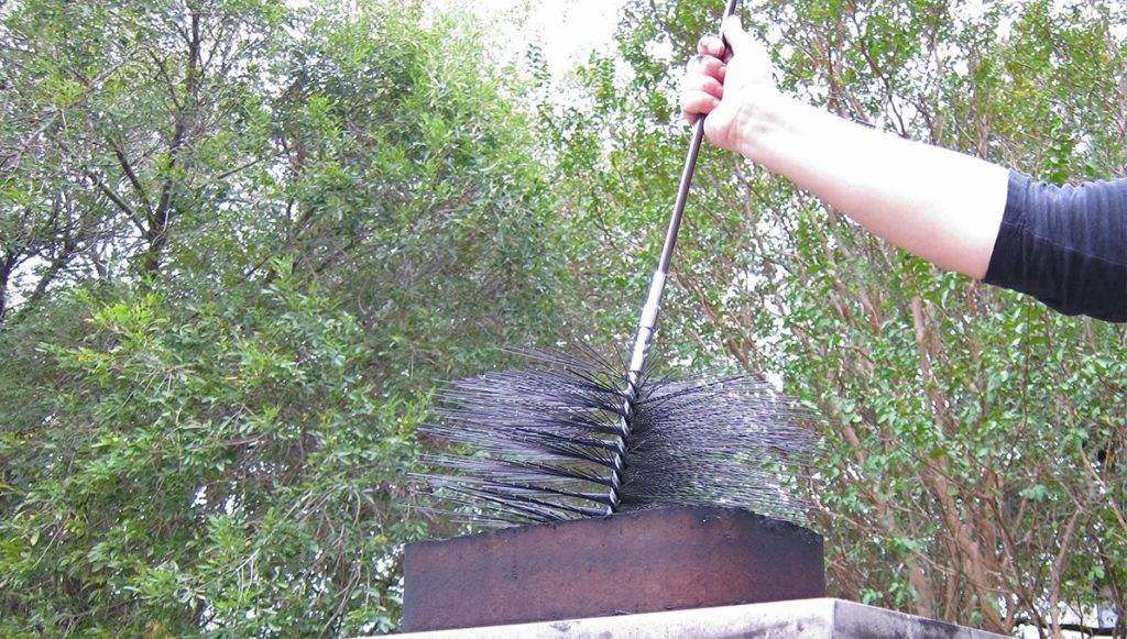 Как прочистить дымоход своими руками - доступные способы