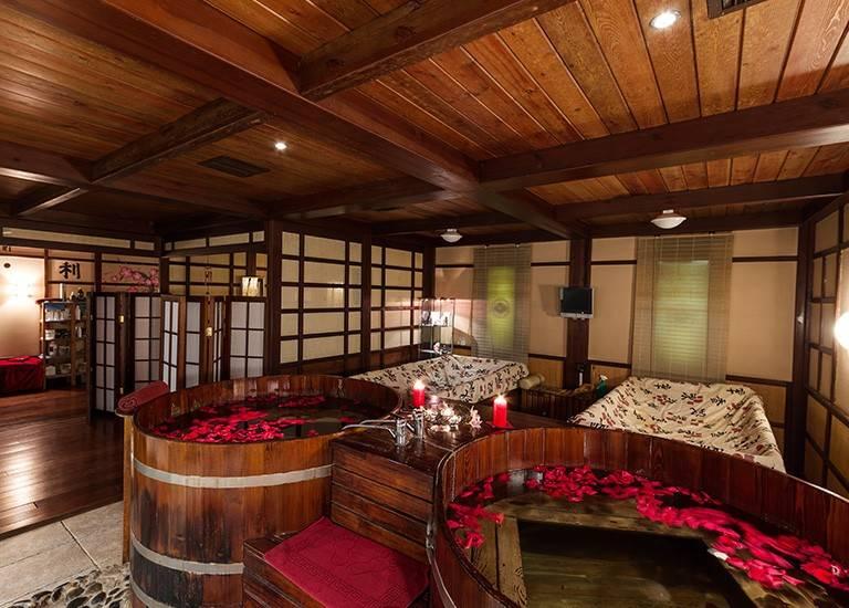 Японская баня (69 фото): офуро, фурако и сэнто - что это такое, сауна-бочка своими руками, вариант с дровяной печкой