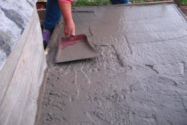 Железнение бетона как лучший способ укрепить поверхность — читайте во всех подробностях