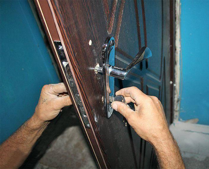 Монтаж металлических дверей + установка своими руками
