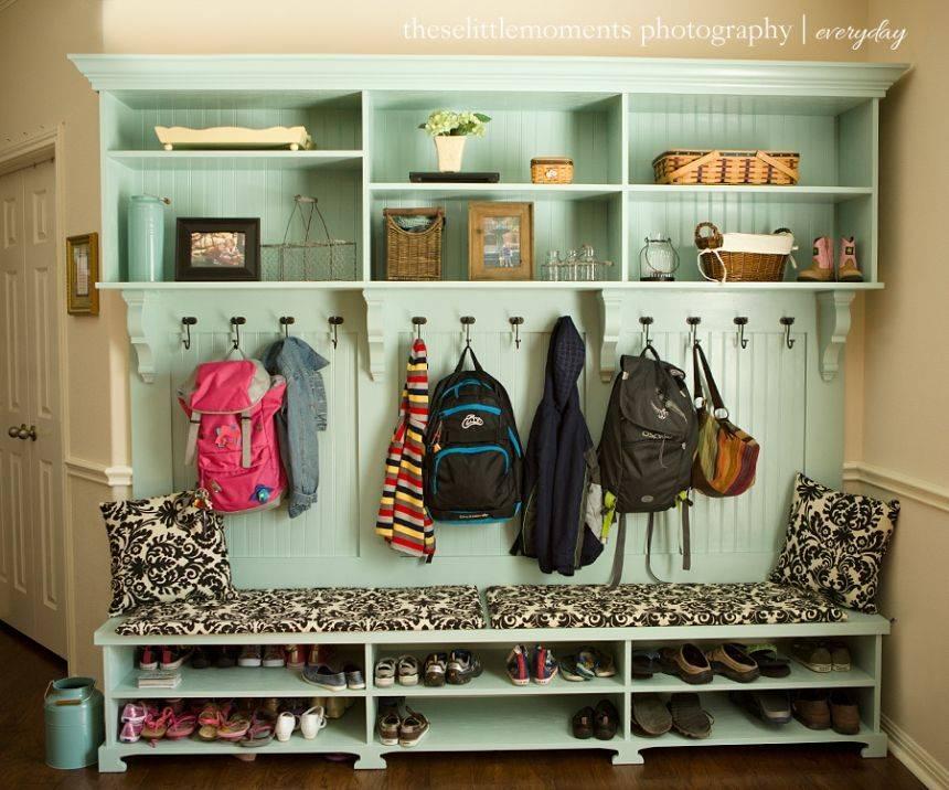 Гардеробная (149 фото): дизайн, стойка для обуви и верхней одежды, фурнитура, идеи из гипсокартона, модульные и радиусные варианты