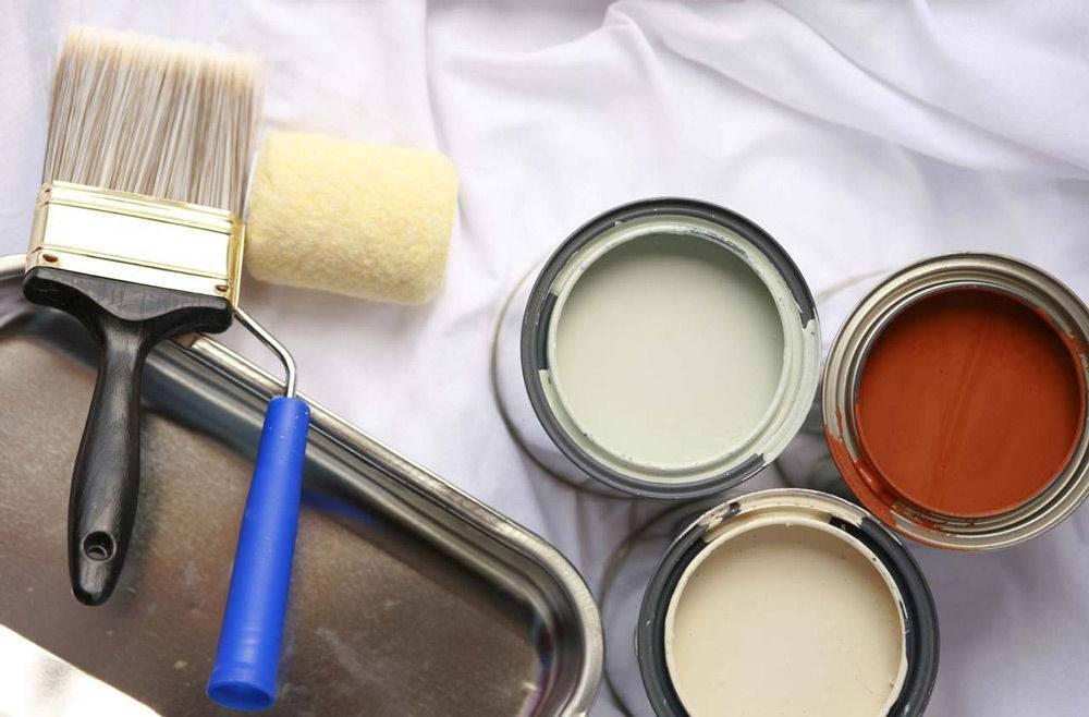 Акриловые краски для дерева: как выбрать и покрасить поверхность