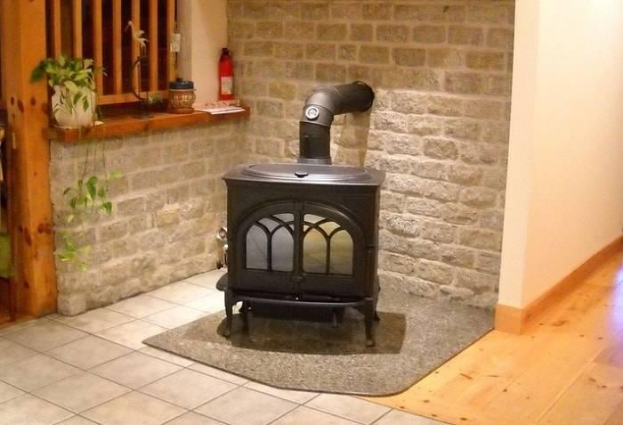 Как правильно выбрать металлическую печь для дачи?