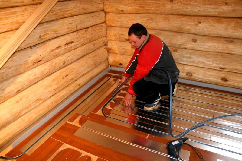Теплый пол в бане своими руками: как залить и нужен ли