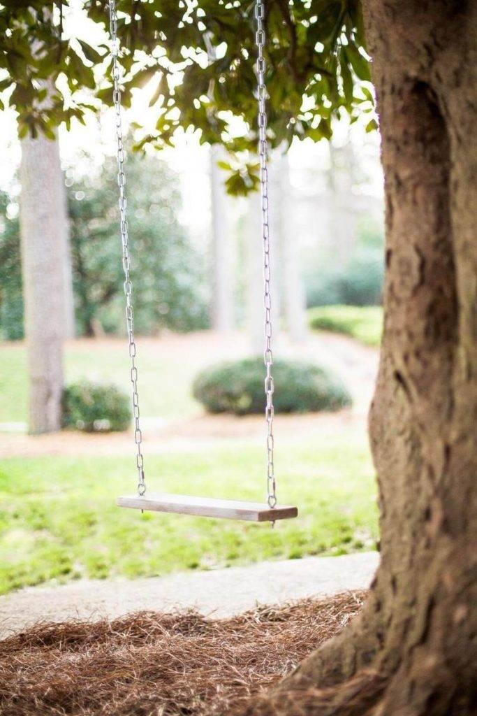 Садовые качели своими руками из дерева: пошаговое руководство, чертежи и фото