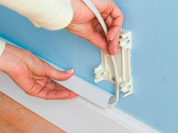 Монтаж кабель-канала к стене: выбор размеров и материала, способы фиксации
