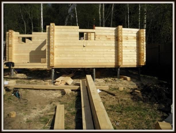 Строим баню из профилированного бруса