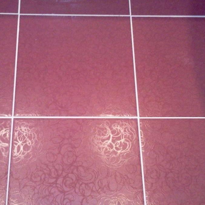 Как выбрать затирку для плитки: сравниваем цементный и эпоксидный варианты