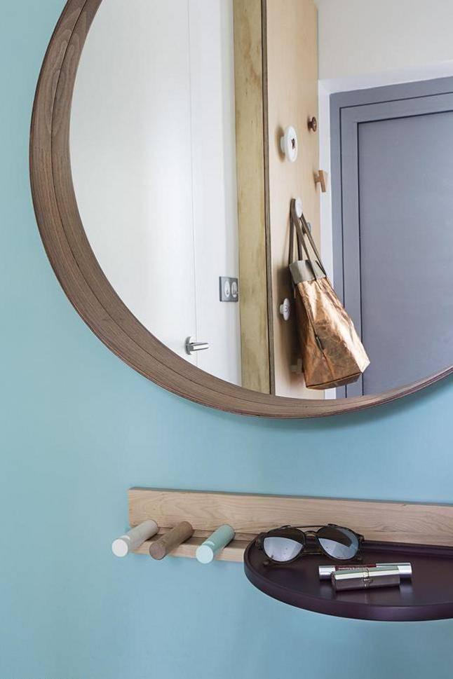 Можно ли вешать зеркало напротив зеркала: приметы и фэншуй