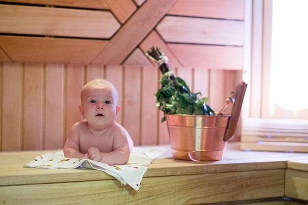 Безопасность в бане с ребенком до года — польза и вред банных процедур для малышей