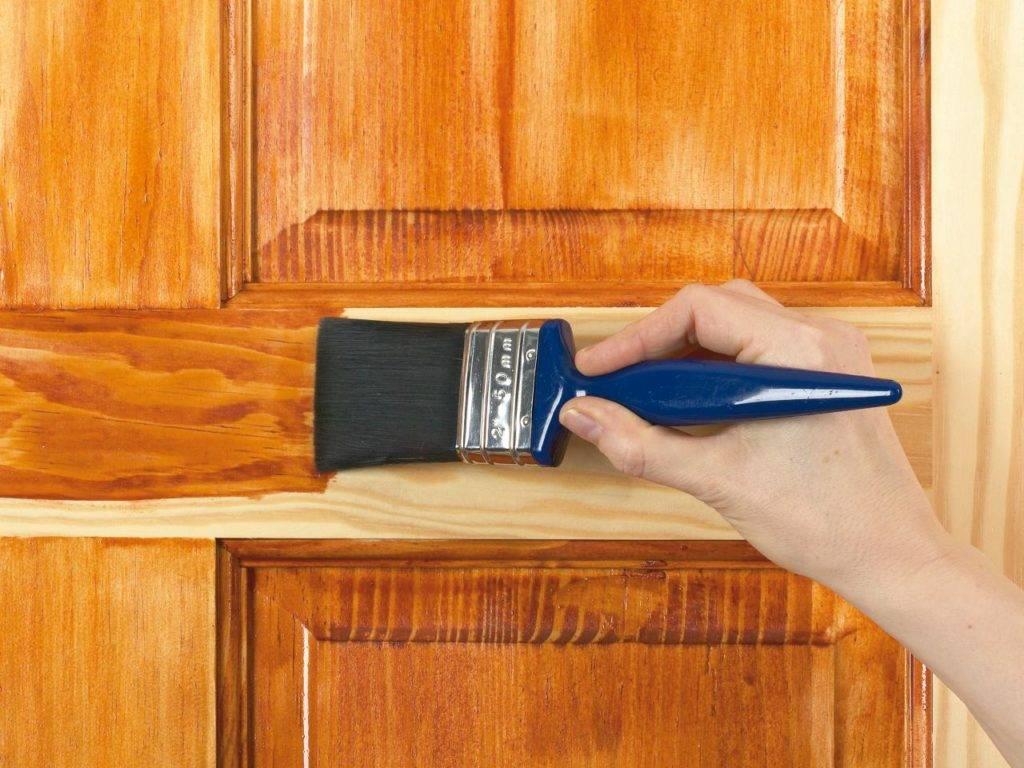 Акриловая краска для дерева: особенности состава и окрашивания