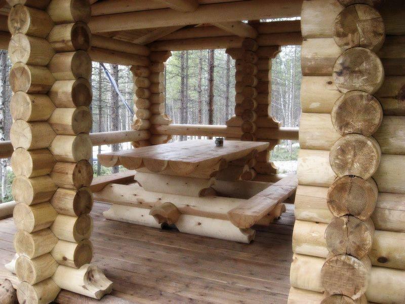 Рубленные дома, изготовление срубов ручной рубкой.