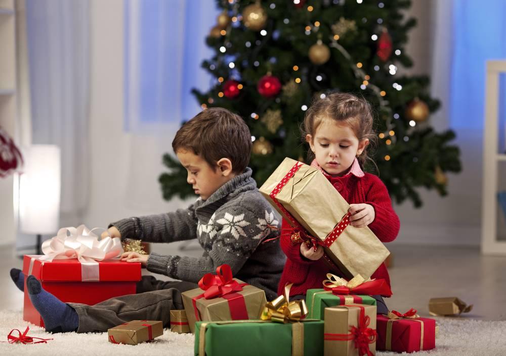 Новый год и рождество: 30 подарков, которые нельзя дарить своим близким