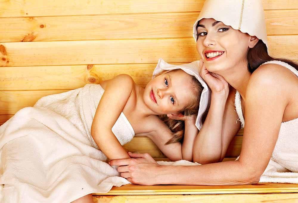 Можно ли кормящим мамам ходить в баню и париться? все за и против в одной статье